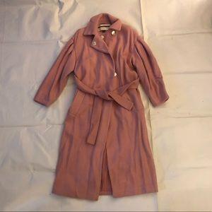 Wool Coat w. Belt